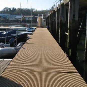Anti slip marine decking