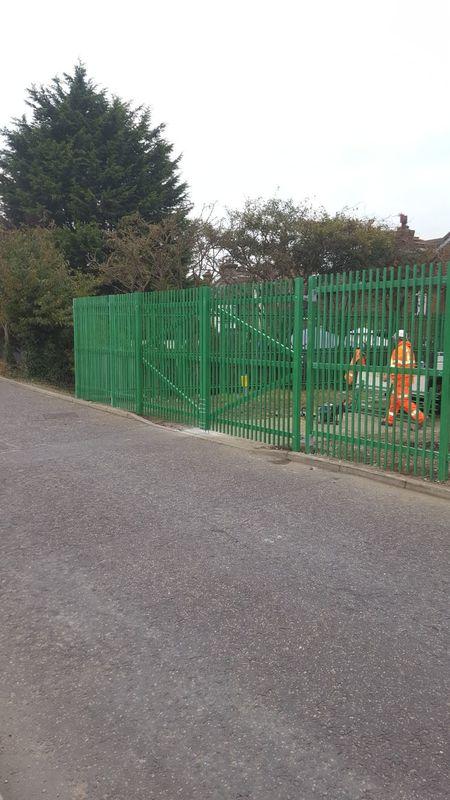 SafeScreen GRP Fencing